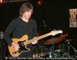 Mike Stern - © 2003 mvonlanthen